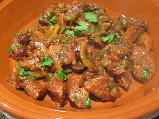 moroccan chicken in a tagine