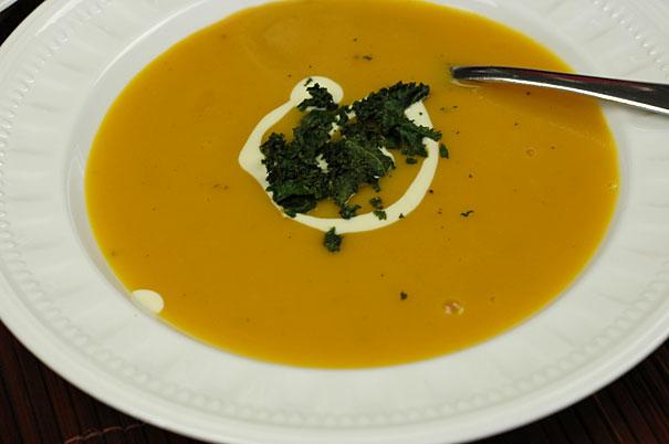 pumpkin ginger apple soup