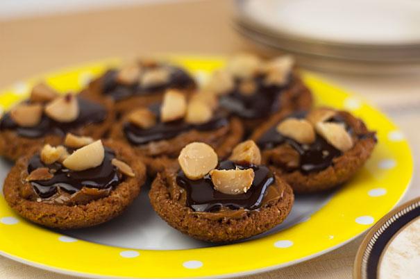 Caramel Tarts with Chocolate Ganache and Macadamia Nuts