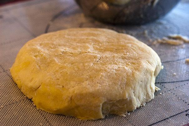 Crust for Apple Dumpling Scrolls