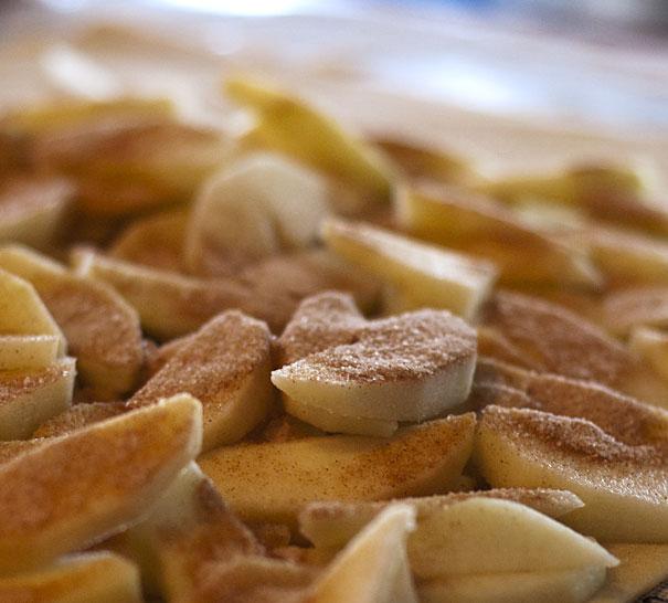 Apple Dumpling Scrolls