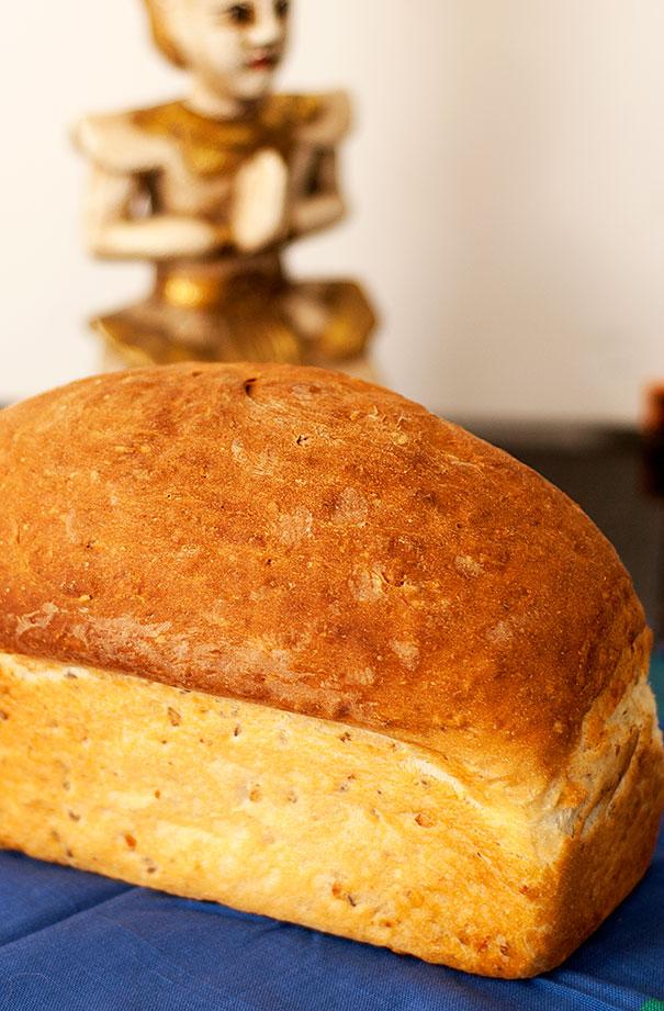 3-seedbread