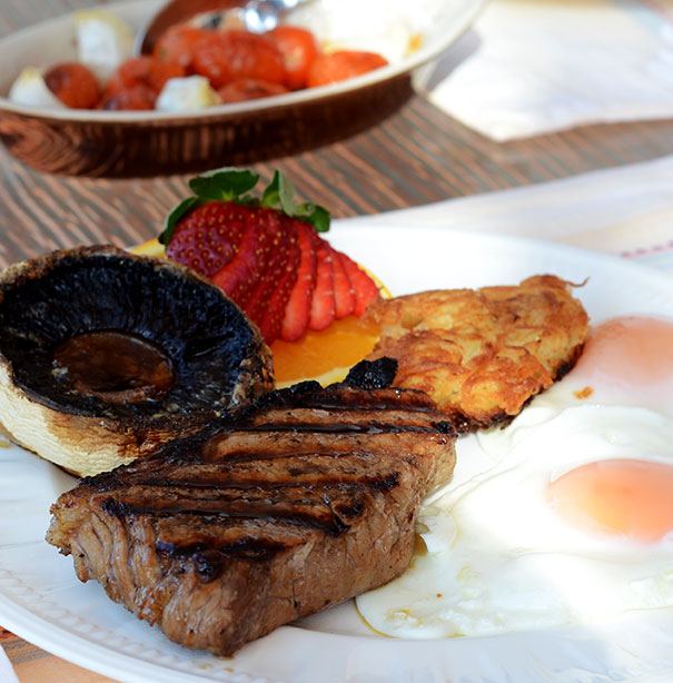 ultimate steak and eggs breakfast