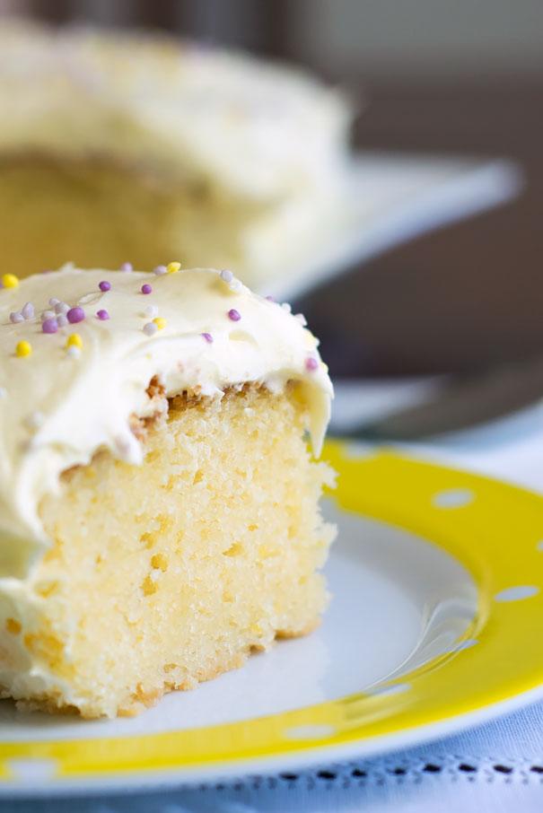 Lemon and Yogurt Cake