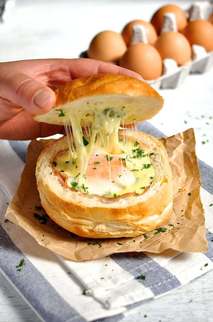 No Washing Up Ham, Egg & Cheese Bread Bowls