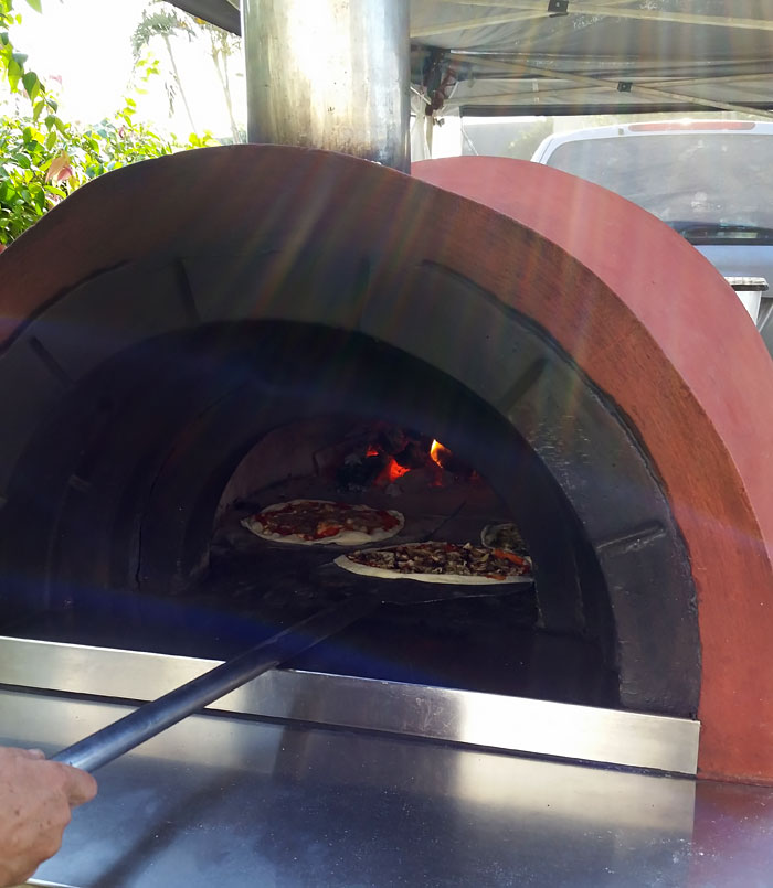 Fire'n'dough Wood Fired Pizza