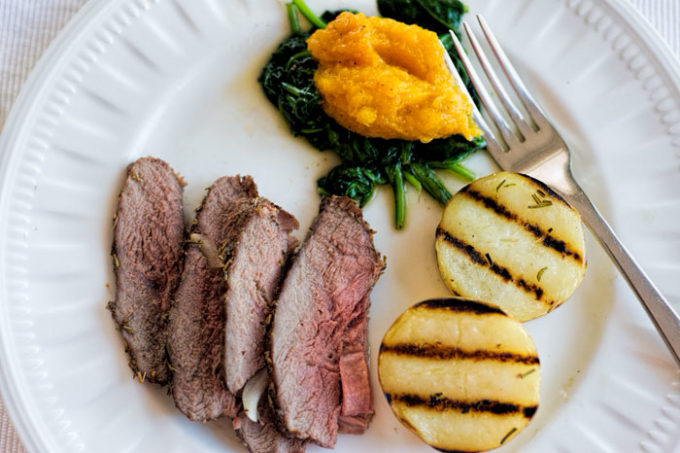 lamb sirloin roast with rosemary and thyme
