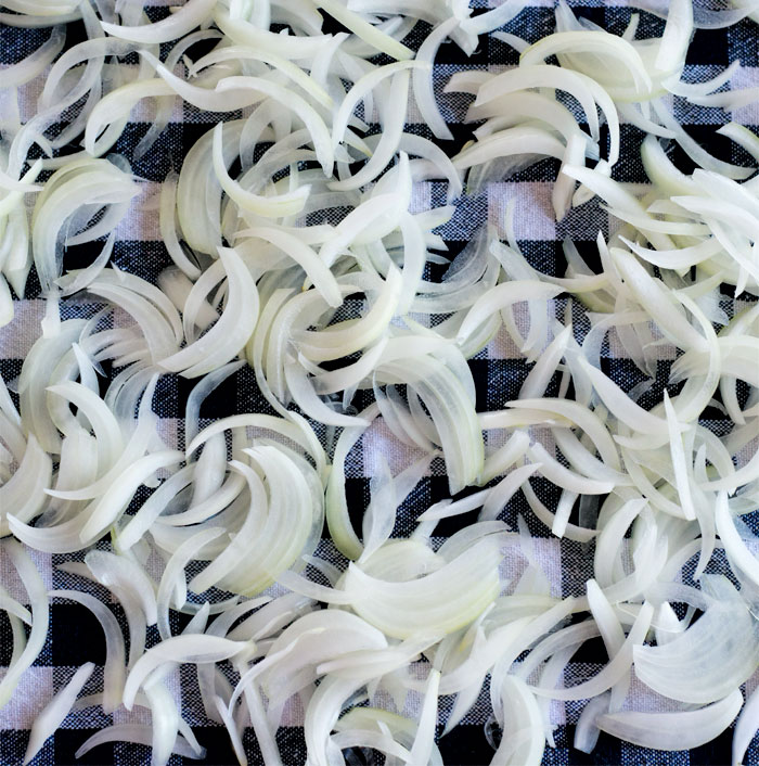 How to make crispy fried onions